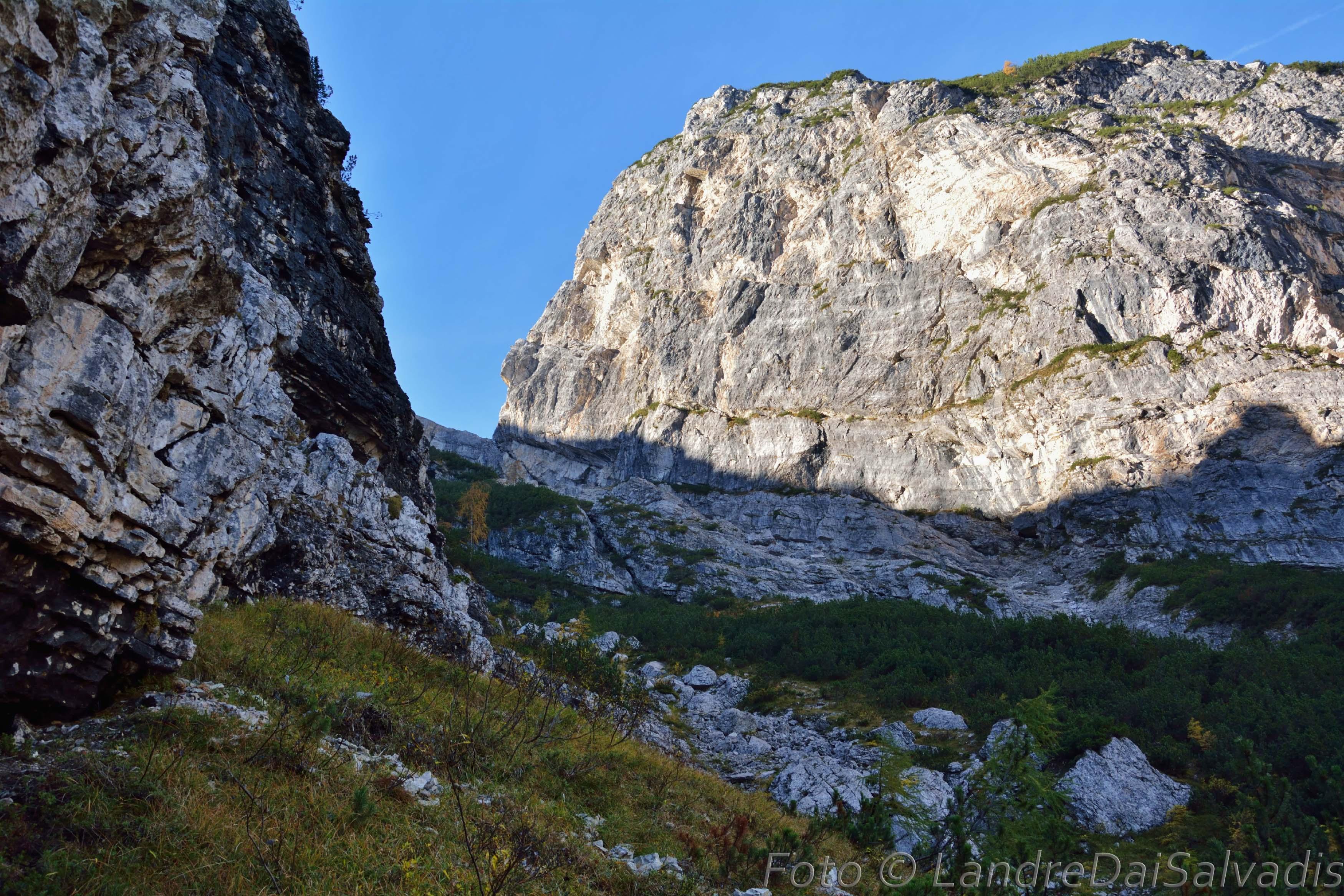 Il vallone alla base dello Spiz di Val Piovin.