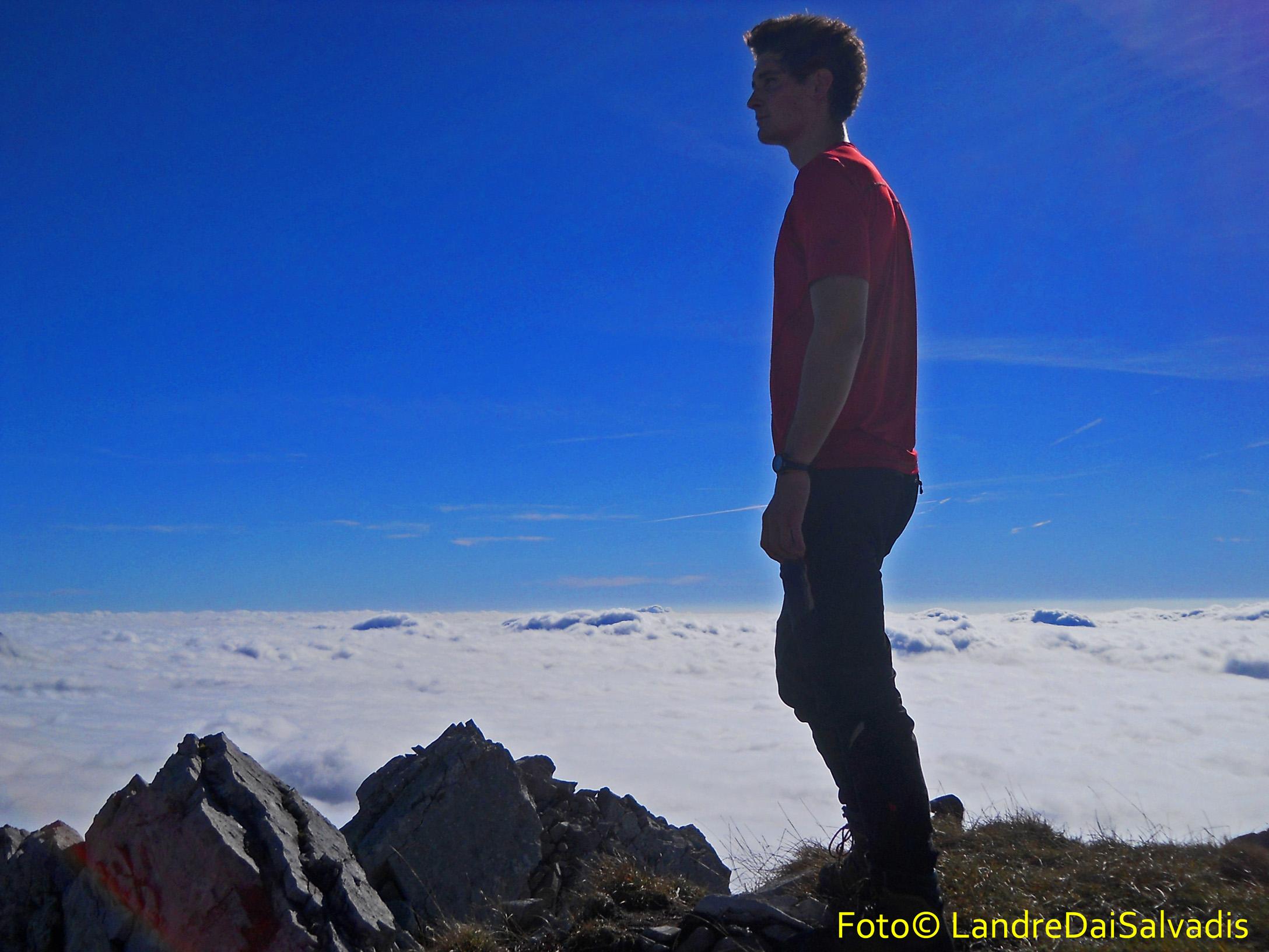 Viandante sul mare di nuvole.