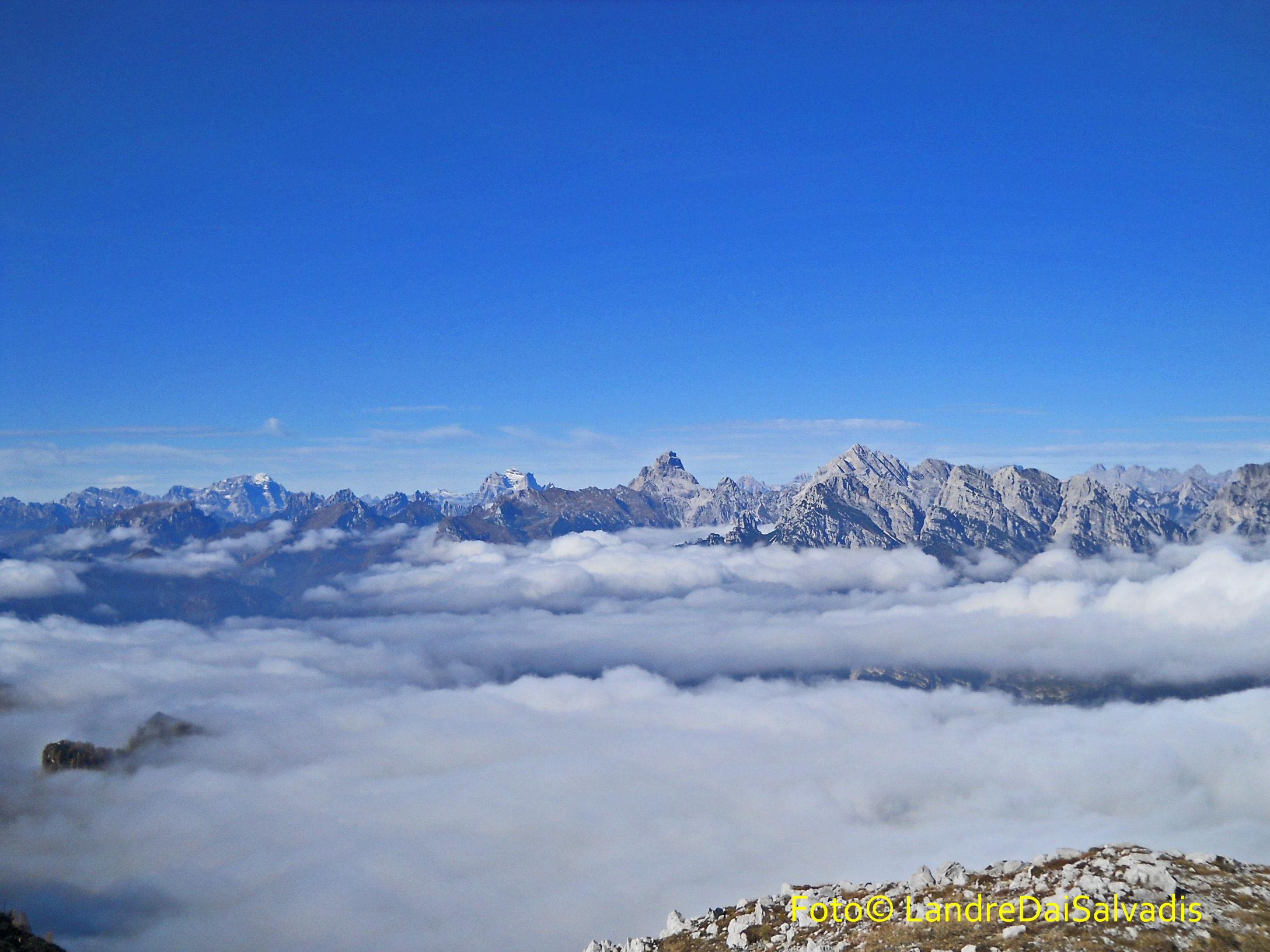 Panorama verso le Dolomiti.