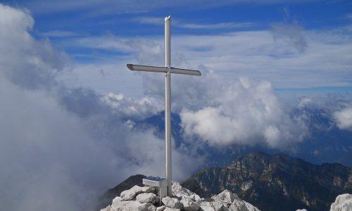 Col Nudo 2471m –  Via Comune dall'Alpago