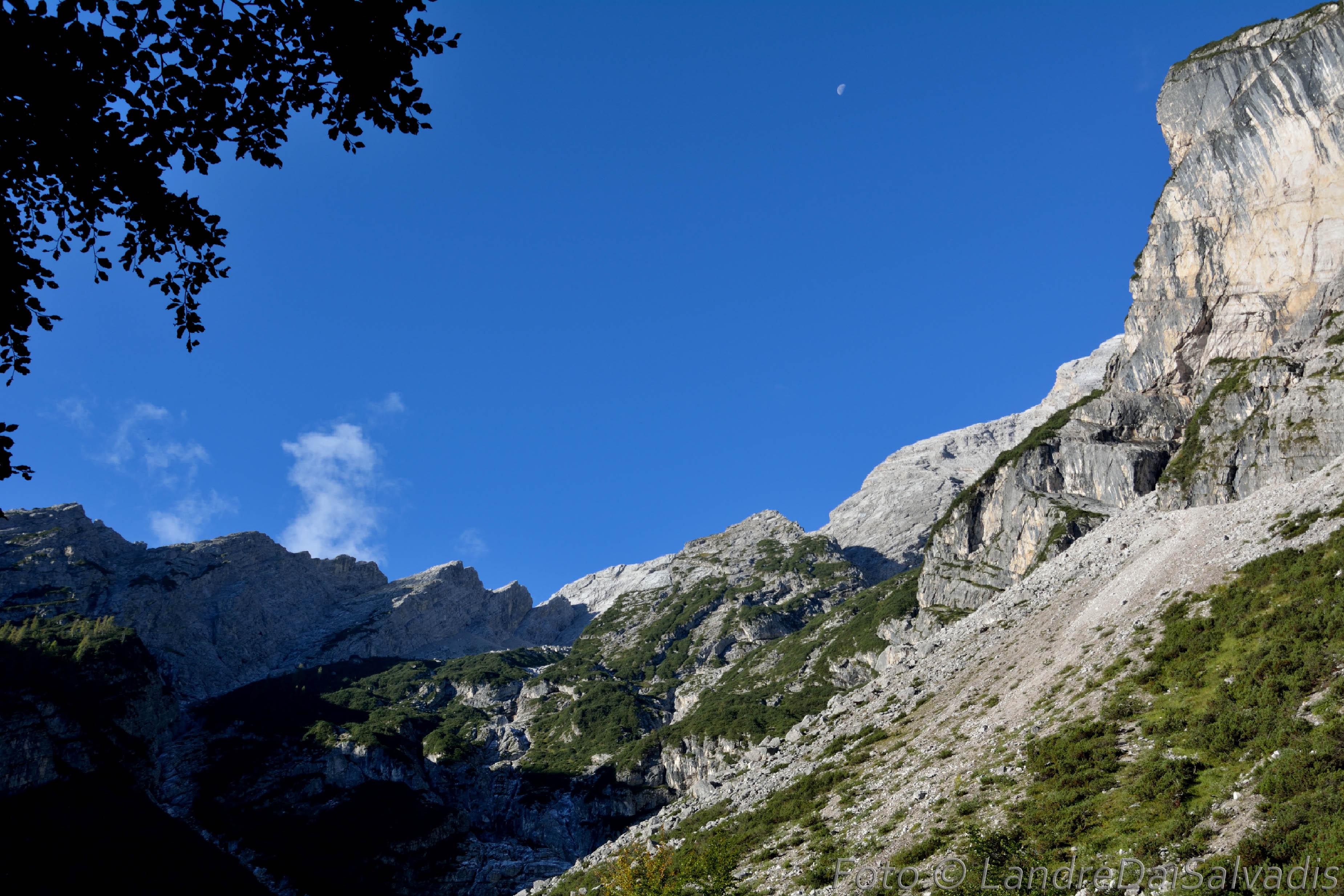 La stupenda Val dei Cantoni.
