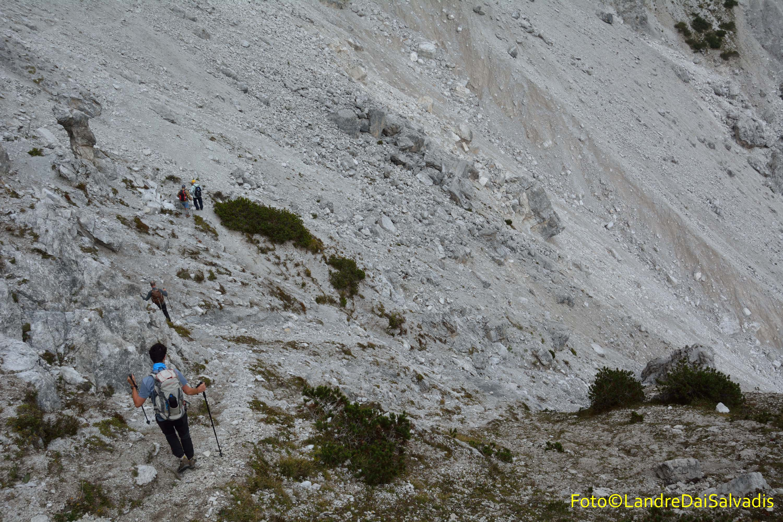 L'inizio del ghiaione alla testata della val di San Lorenzo.
