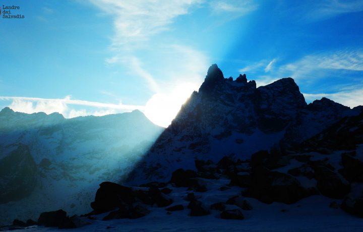 La Cattedrale Infuocata – Becco Meridionale della Tribolazione, Via Grassi-Re
