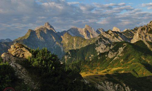 """Sentiero """"Sergio Fradeloni"""" e Monte Chiarescons 2168m"""